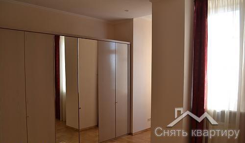 Аренда 4 х комнатной квартиры Киев