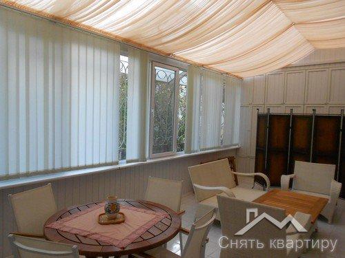 Снять двухкомнатную квартиру в Центре Киева