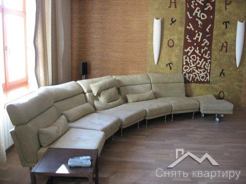 Снять трехкомнатную квартиру центр Киева