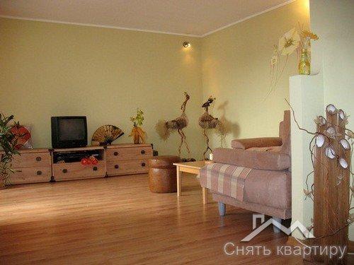 Снять двухкомнатную квартиру на Подоле