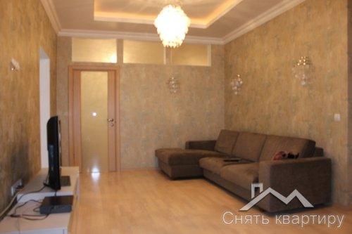 Аренда большой квартиры ул. Дмитриевская 49