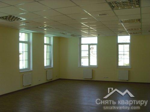 Аренда отдельно стоящего здания на Контрактовой площади по ул. Волошской 6