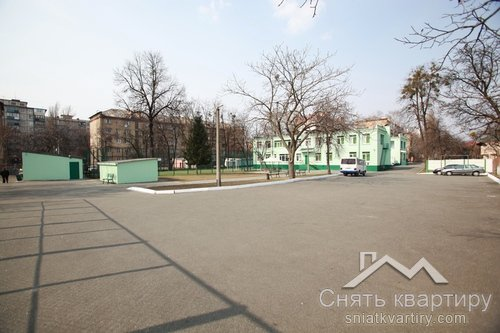 Продажа здания бывшей школы по улице Щербакова 36 А