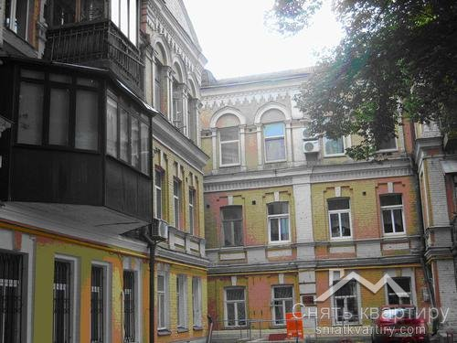 Аренда офиса в центре Киева, фасад улица Лютеранская 12
