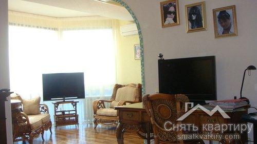 Первая сдача однокомнатной квартиры на Оболонских Липках пр. Героев Сталинграда 24