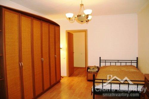 Четырехкомнатная квартира в аренду на Оболонских липках пр. Героев Сталинграда 24 А