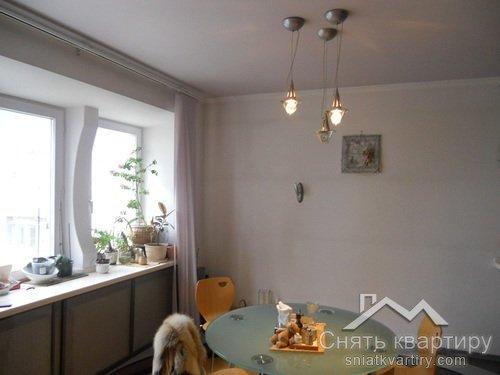 Аренда двухуровневой квартиры на пр. Героев Сталинграда 12