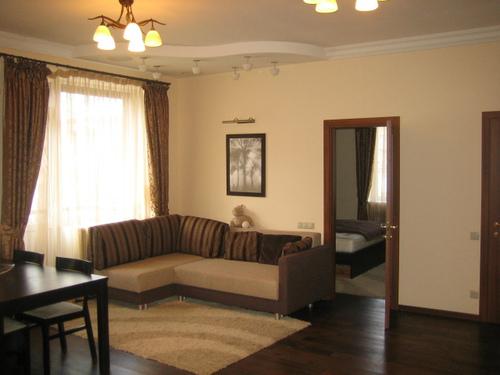 Найти помещение под офис Госпитальный переулок снять в аренду офис Карельский бульвар